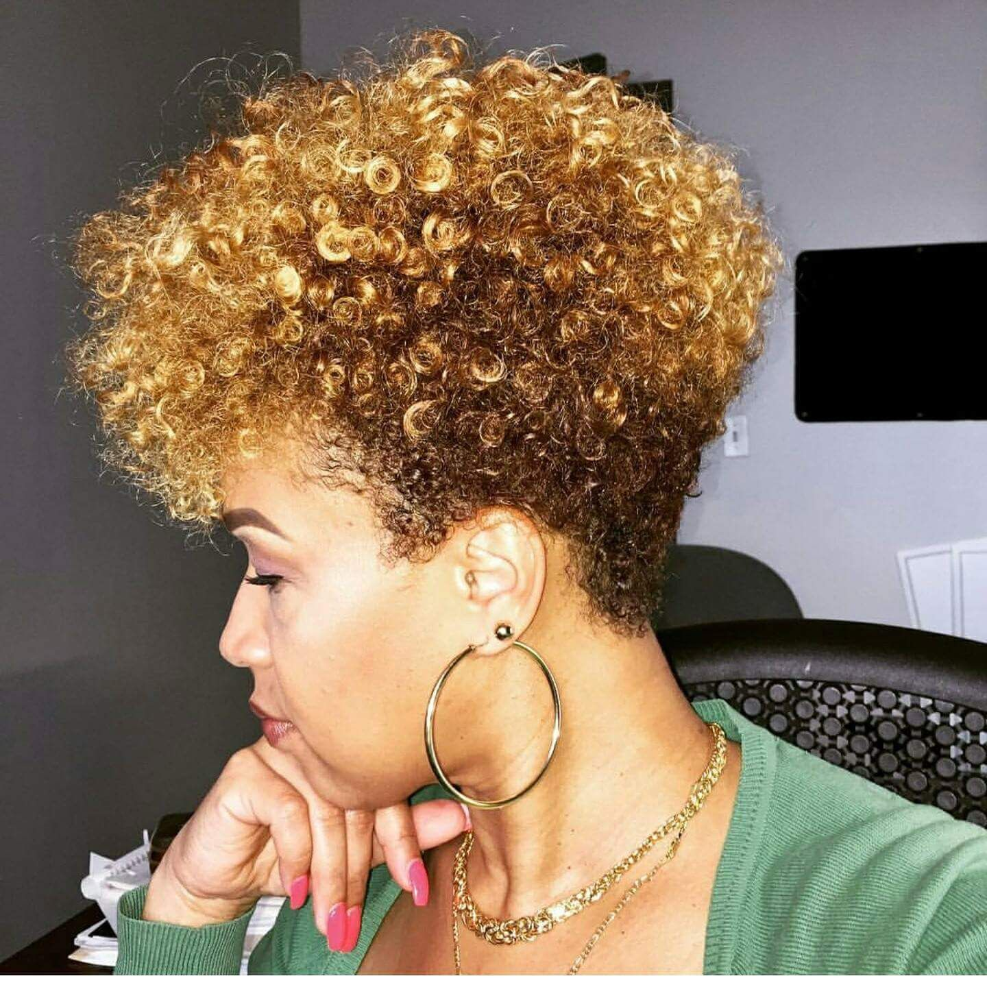 yaaassss!   hot short hairstyles in 2019   curly hair styles