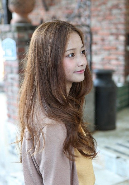 Love The Color And The Soft Wave Korean Hair Color Korean Hair Color Brown Asian Hair