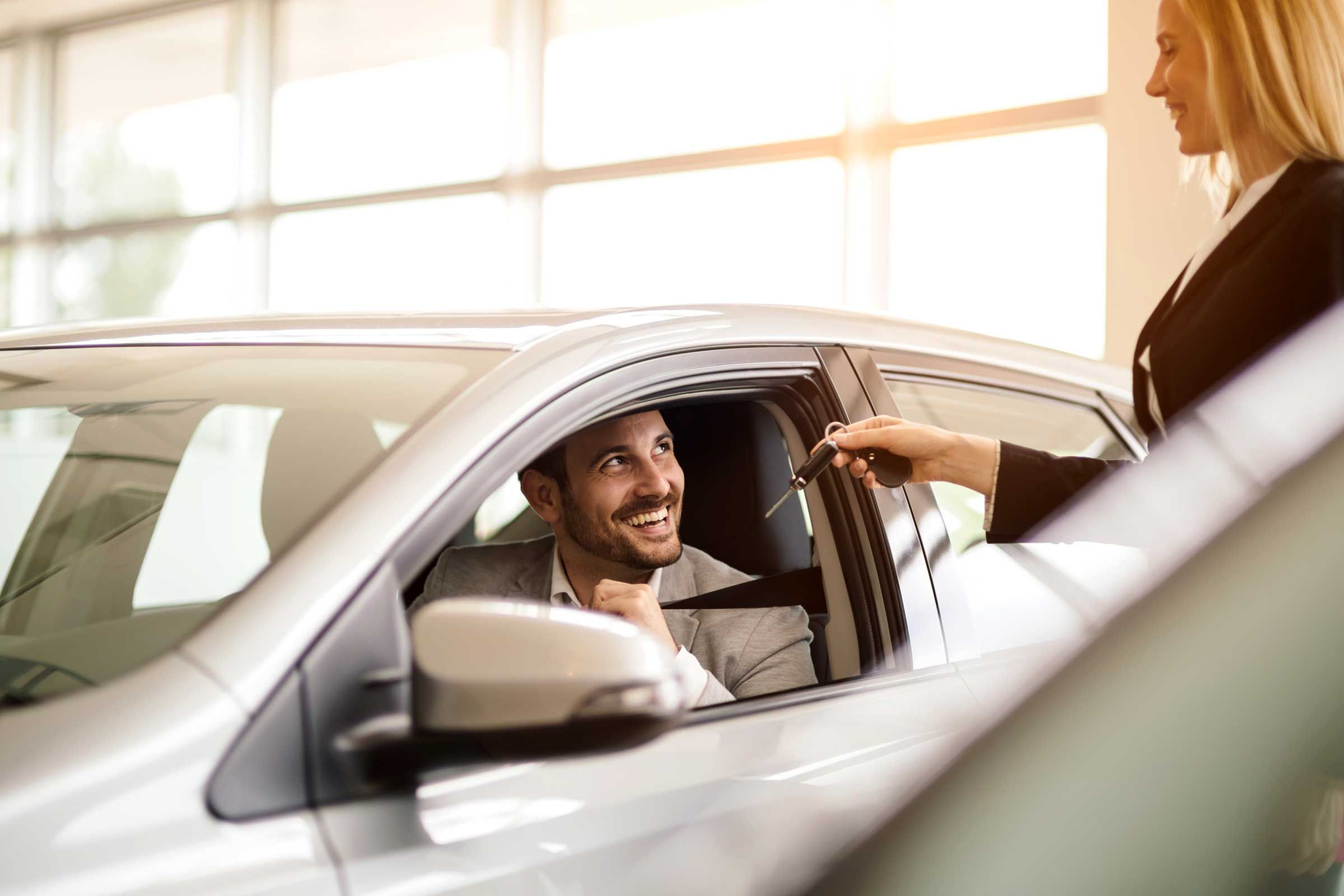 9 Things You Must Consider Before You Buy Or Lease A Car Online Car Buying Used Cars Small Luxury Cars