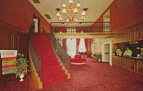 The Downtowner Motel And Hotel Postcard Archive Keller Ramada Inn Effingham Illinois