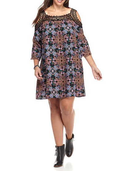 Speechless Plus Size Cold Shoulder With Lace Trim Shift Dress