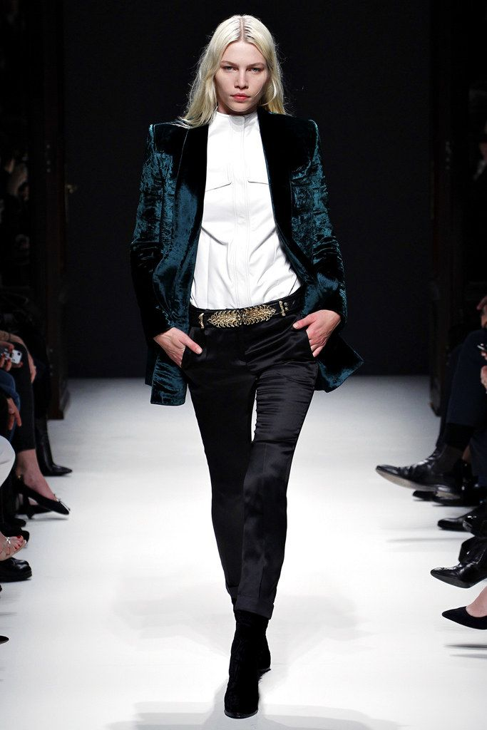 Balmain Fall 2012 Ready-to-Wear Fashion Show - Nadja Bender