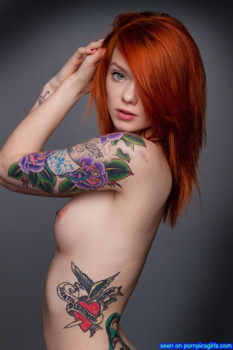 awesome tattoos on hot naked chicks