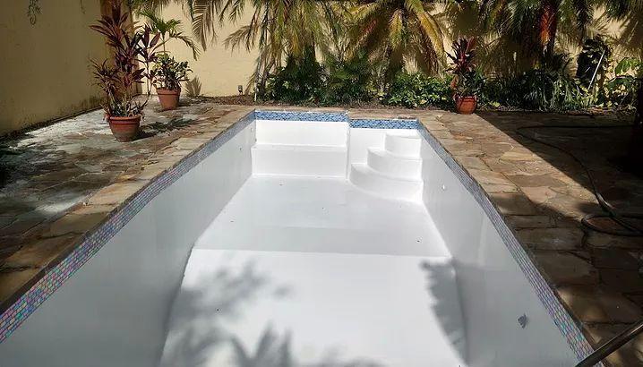 Repair Pool Equipment Miami Fl 33184 Jacuzzirepair Repairpoolequipment Poolpumprepair Poolfilterrepai Pool Light Pool Repair Fiberglass Pool Installation