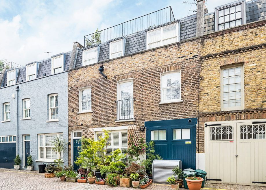 Take a tour of Coleherne Mews London a stunning family