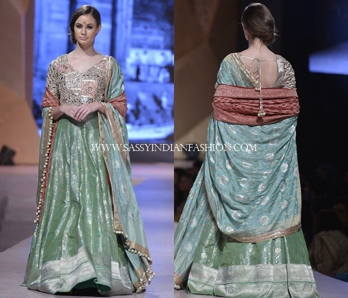 10 Perfect Indo Western Gowns by Manish Malhotra