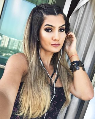 Marina Ferrari Marinaferrarig Instagram Profile Hairstyle Hair Healthy Skin Care