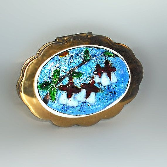 Volupte+Compact+with+Enameled+Fuschia+by+HestersCloset+on+Etsy,+$38.00