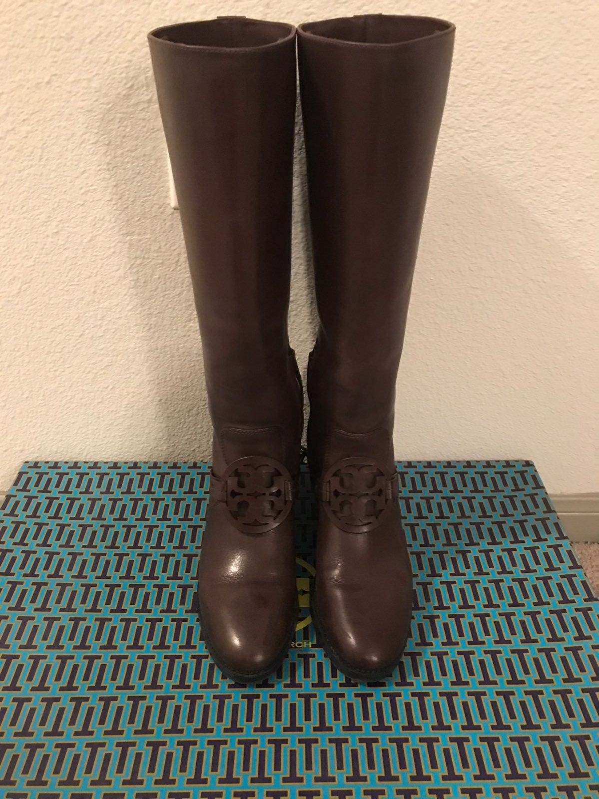 Pin on Tory Burch Boots