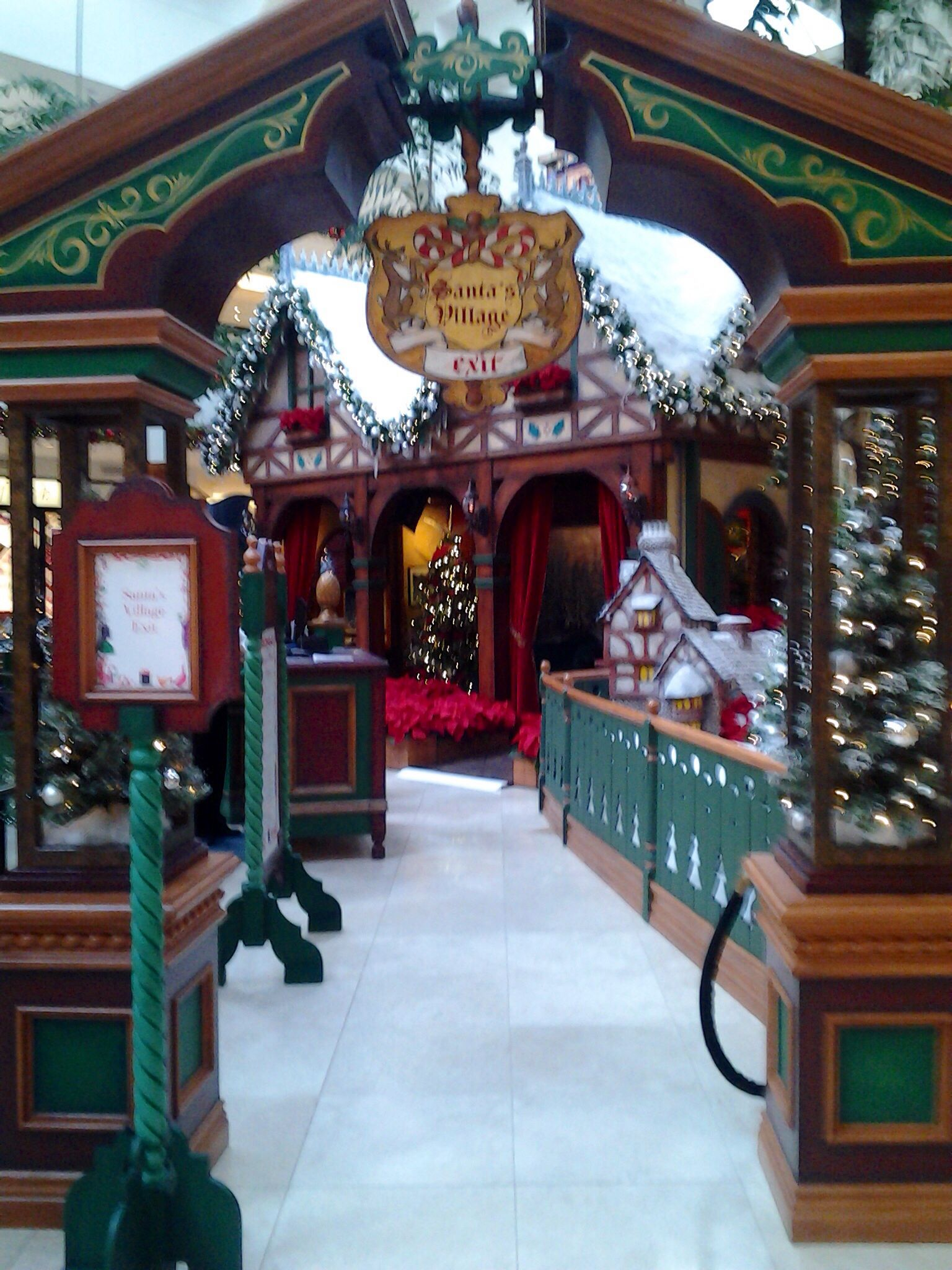 Grotto Entrance Christmas Deco Childrens Christmas