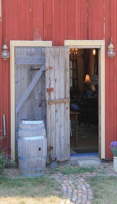 Doors Open To Barn Home Barn House Old Barns Farm Paradise