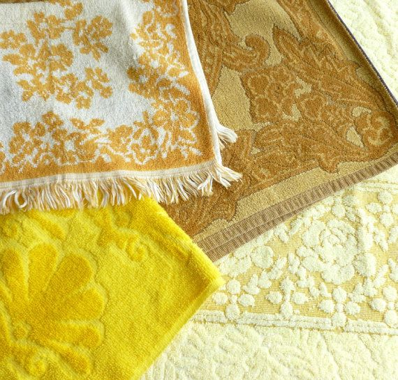Vintage Bath Towels In Yellow Gold And Butterscotch Color Palette