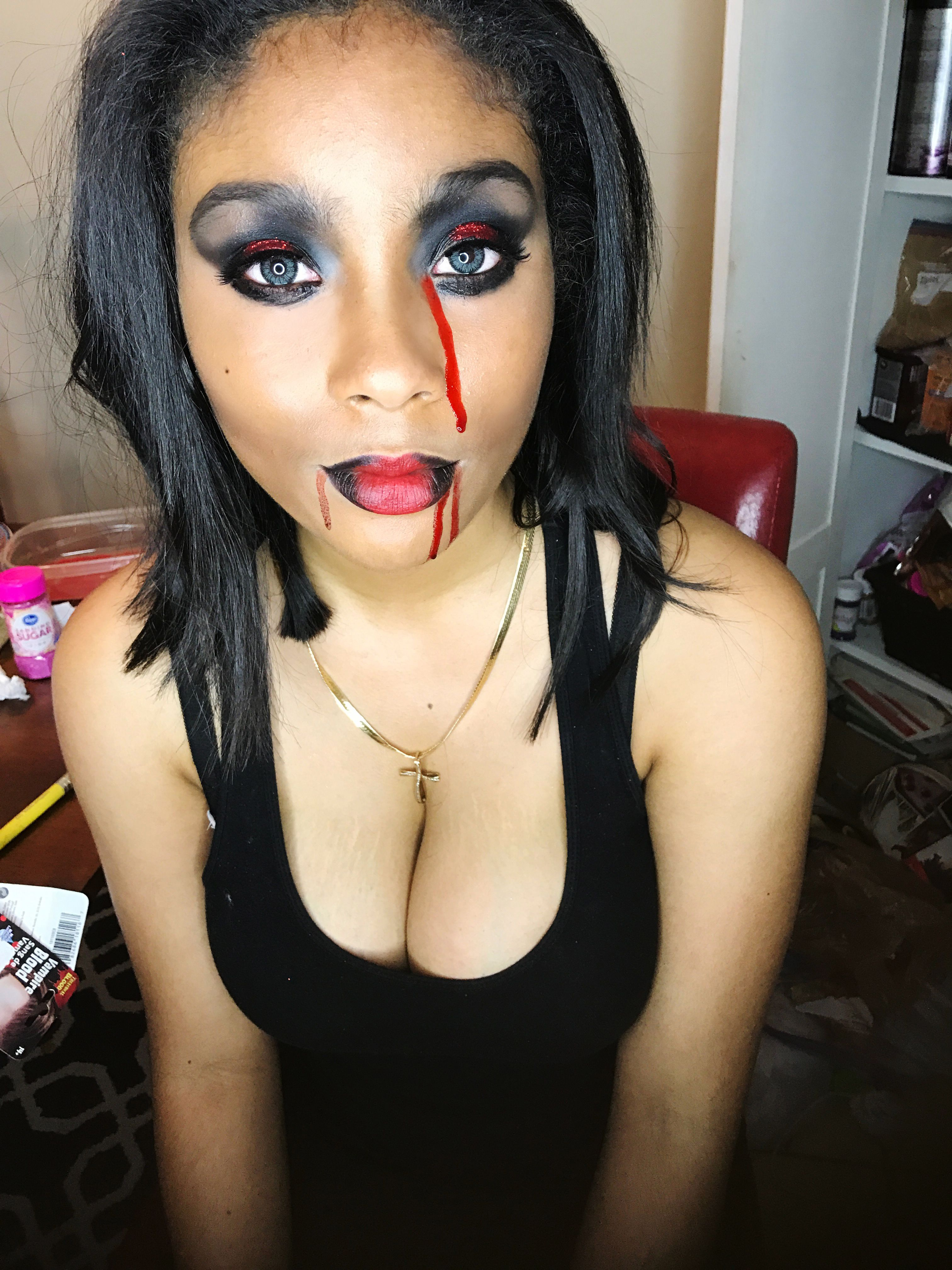 Playing in makeup for Halloween2016. makeup