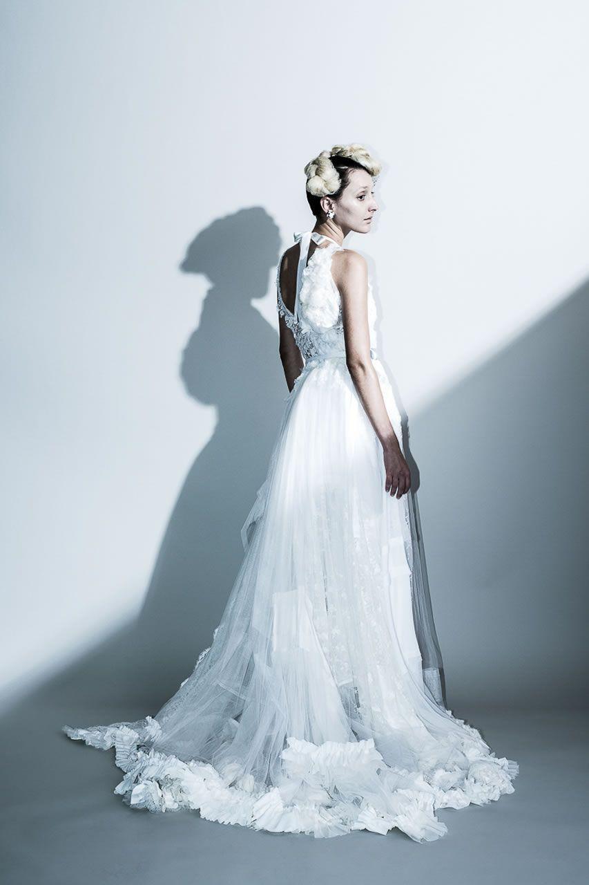 Grafting dress …シルクジョーゼット、リバーレース、チュール等、沢山の素材をミックスしてシルエットを構築したボリュームのあるトレーンを引くドレス。