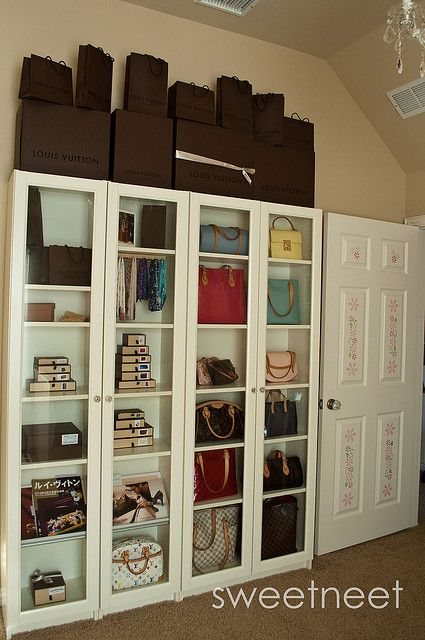 Dsc 1494 Purse Storage Ikea Billy Bookcase Apartment