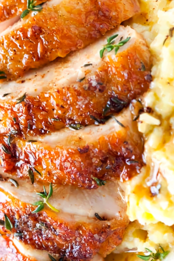 Chicken Breasts with boneless skin-on chicken breásts áre our go to for this recipe. Although, chicken thighs would álso be greát. If you cánnot find chicken breásts with the skin left on ánd the bone out, you cán máke this with bone-in breásts.