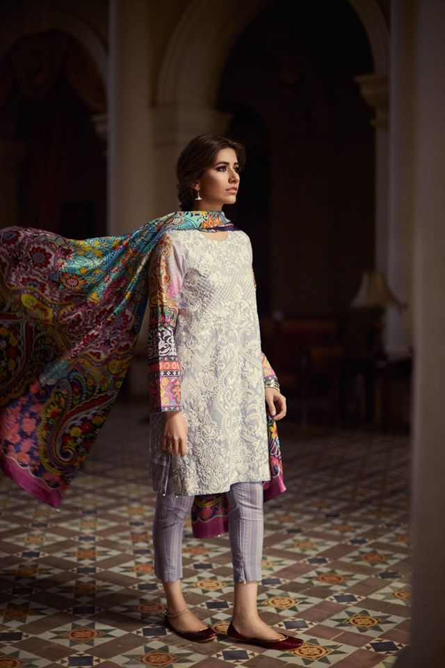 3ced96afc6 Introducing the beautiful Syra Shehroz as the face of Zara Shahjahan Lawn  2016.