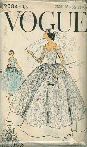 Vintage Vogue Bridal Gown Sewing Pattern 9084 Size 16   Šaty