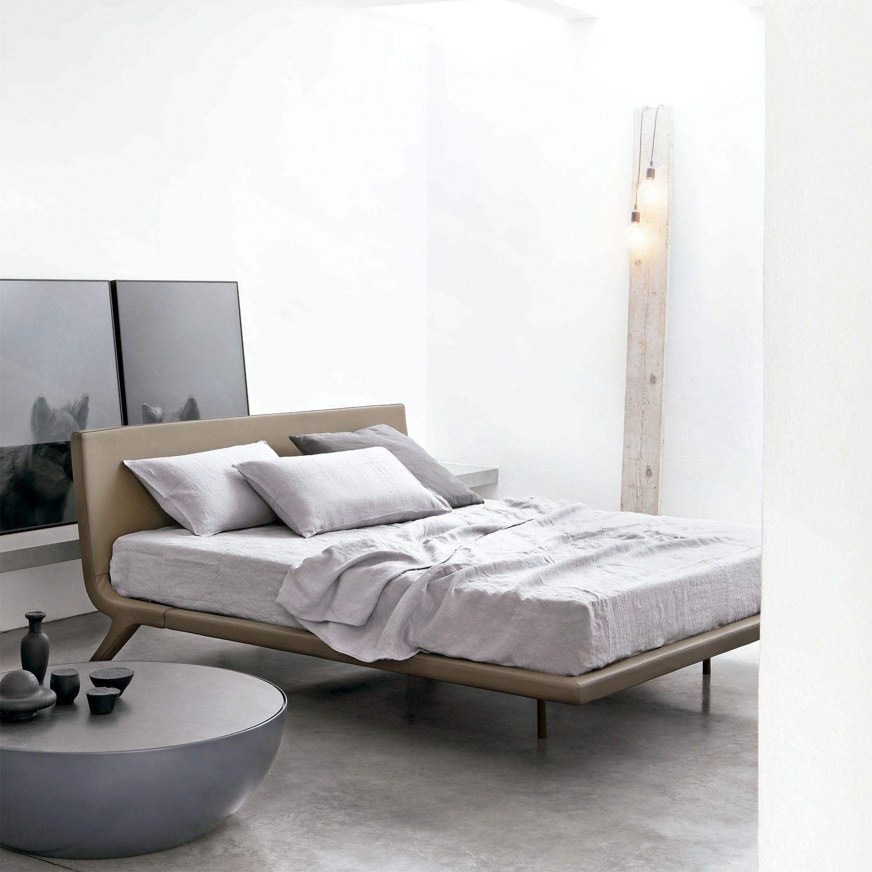 Cama Stealth De Bonaldo Camas Dormitorios Y Muebles