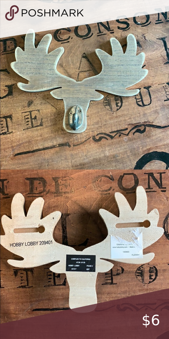 Moose hanger in 2020 Hobby lobby wall art, Hanger, Moose