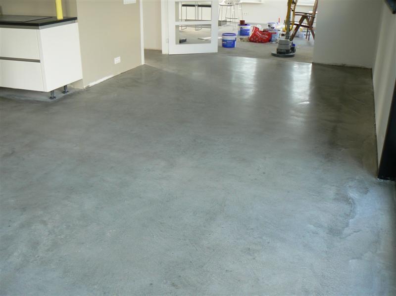 Beton in huis vloeren pinterest google vloeren en kelder - Imitatie cement tegels ...
