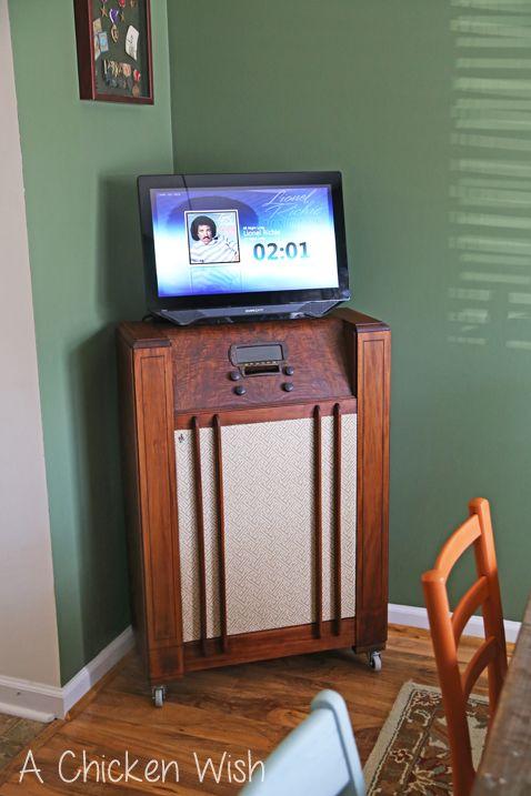 DIY Jukebox made by my husband. http://www.achickenwish.com/enter ...