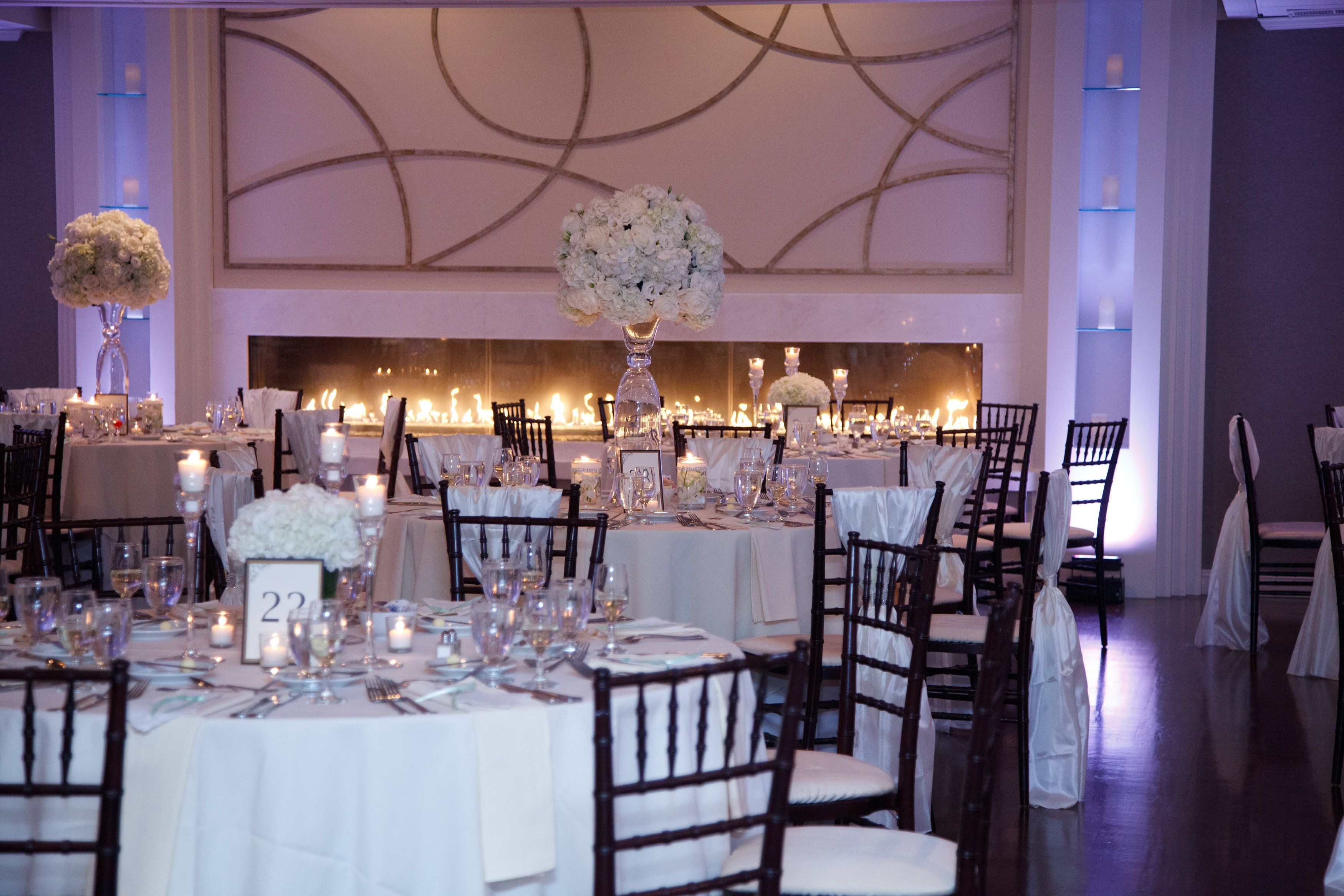 Indoor Outdoor Wedding Venues In Ma At The Villa Saphire Estate Boston Wedding Venues Wedding Boston Outdoor Wedding Venues