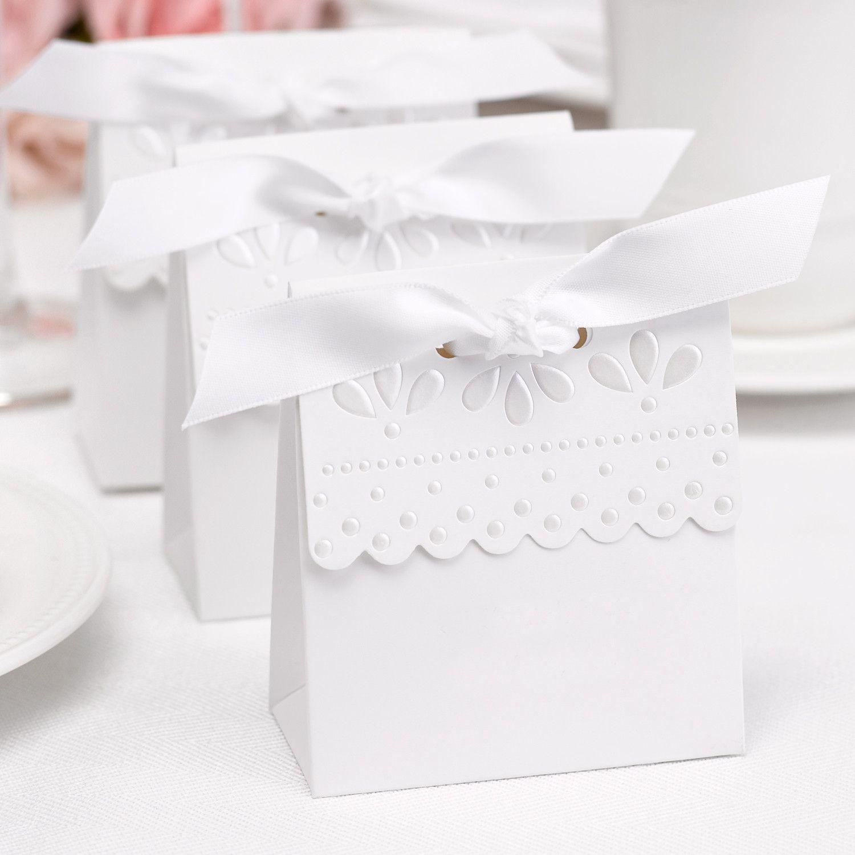 White Wedding Favor Boxes   Giftwedding.co
