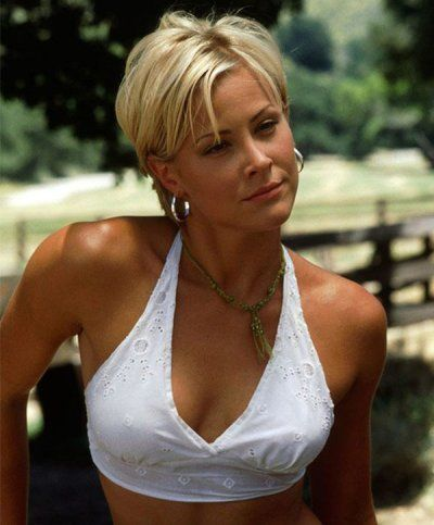 The Hottest Celebrities You Completely Forgot About 23 Photos In 2020 Short Hair Styles Joe Dirt Brittany Daniel