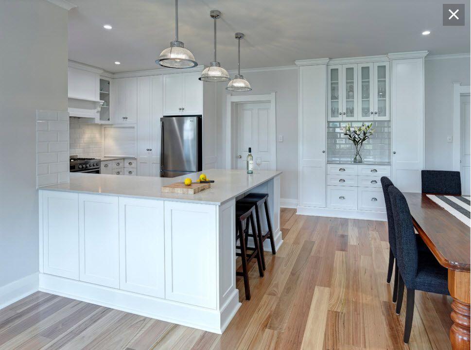 Floor finish and paint colour dulux vanilla quake quarter for Kitchen paint colors dulux