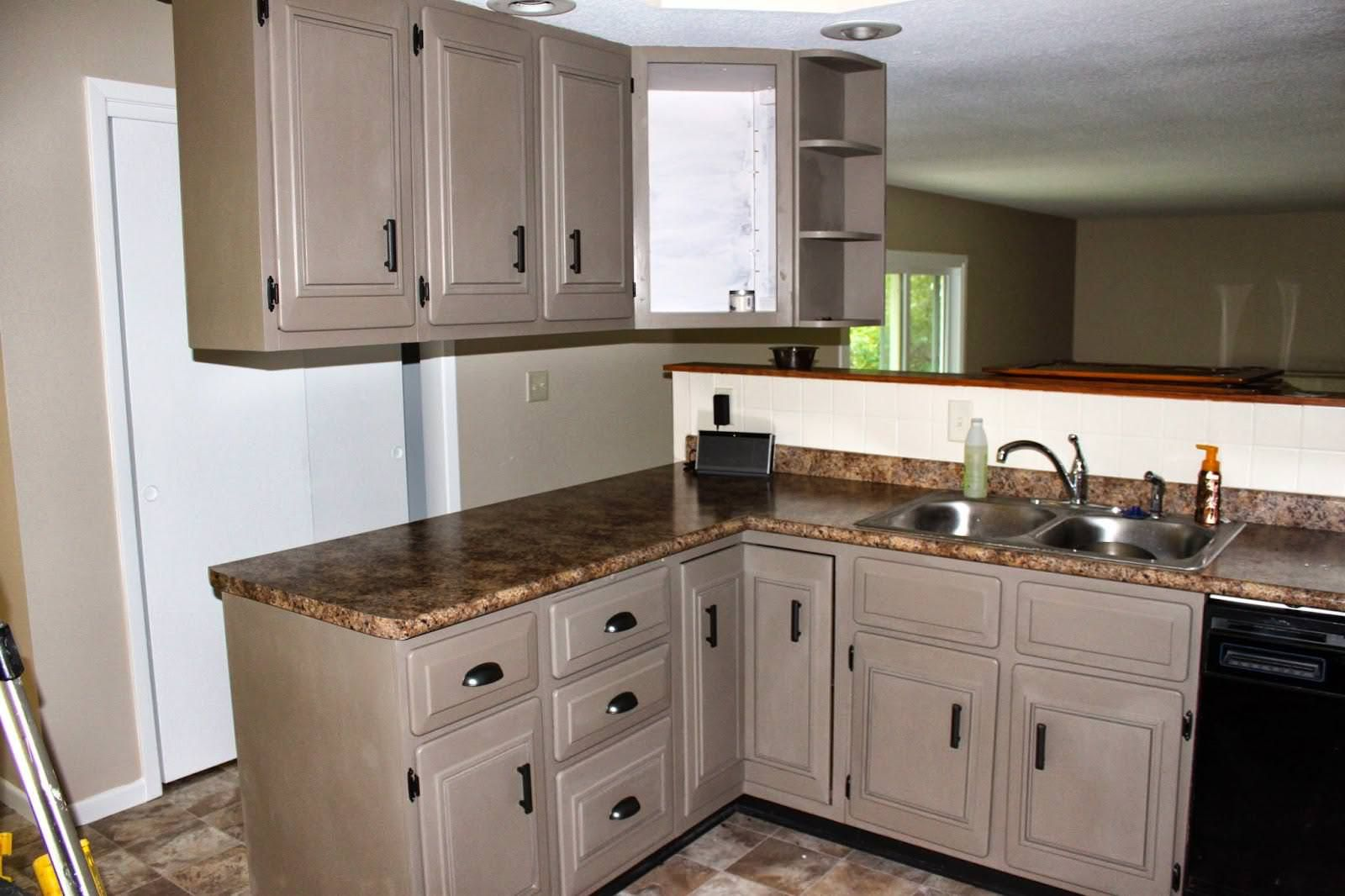 chalk paint kitchen cabinets update the diy in 2020 on best paint for kitchen cabinets diy id=30956
