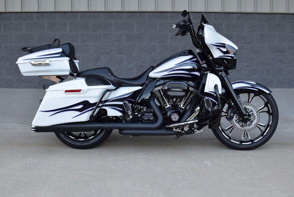 2016 Screamin Eagle Street Glide Cvo Stunning 10k In Xtra S 1 Of A Kind Ebay Moto Harley Davidson Motorcycles Classic Harley Davidson Harley Davidson