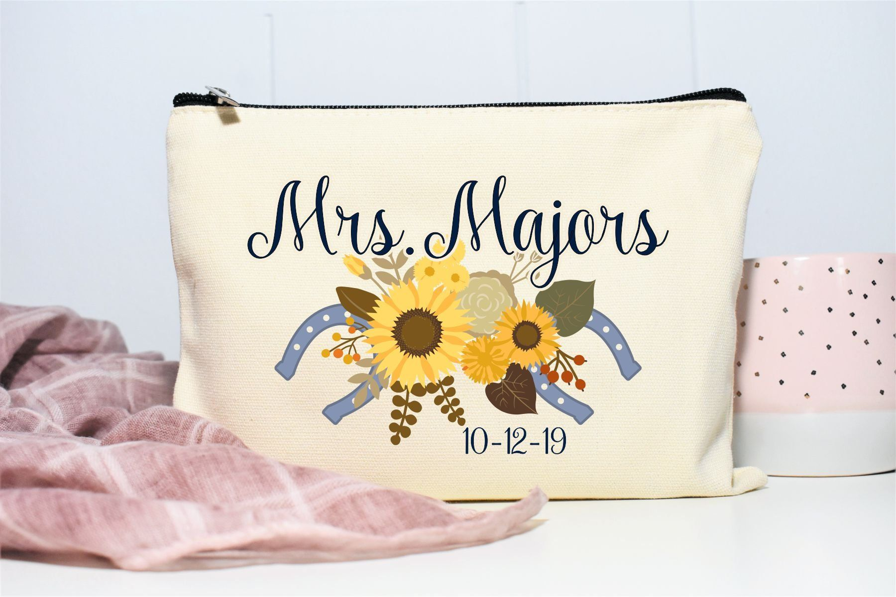 175ea3a3670f Western Wedding, Country Bridal Shower Gift, Personalized Makeup Bag ...