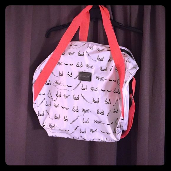 Benefit - Gym Bag-White w Black Print Coral Straps Limited Edition Benefit Gym  Bag. Never used. Great size. It s white with a really cute print in black  and ... b4c4d8d19df30