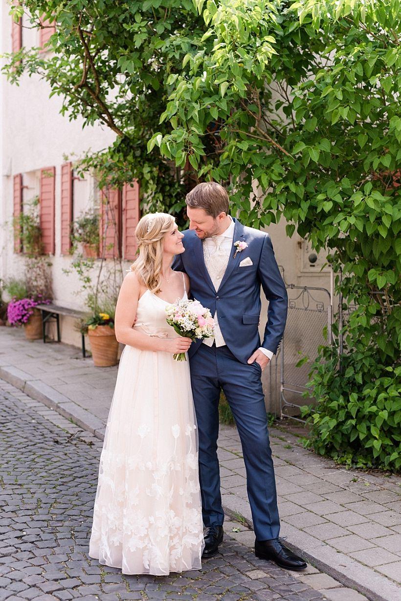 Eine entspannte Hochzeit in München mit Feier am Aschbacher Hof