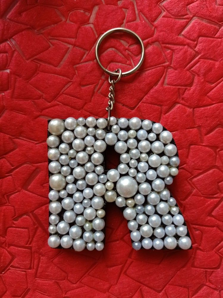 Keychain R Letter Stylish Alphabets Keychain Crafts