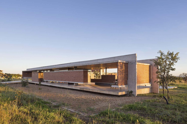Gallery Of Vila Rica House / BLOCO Arquitetos   8