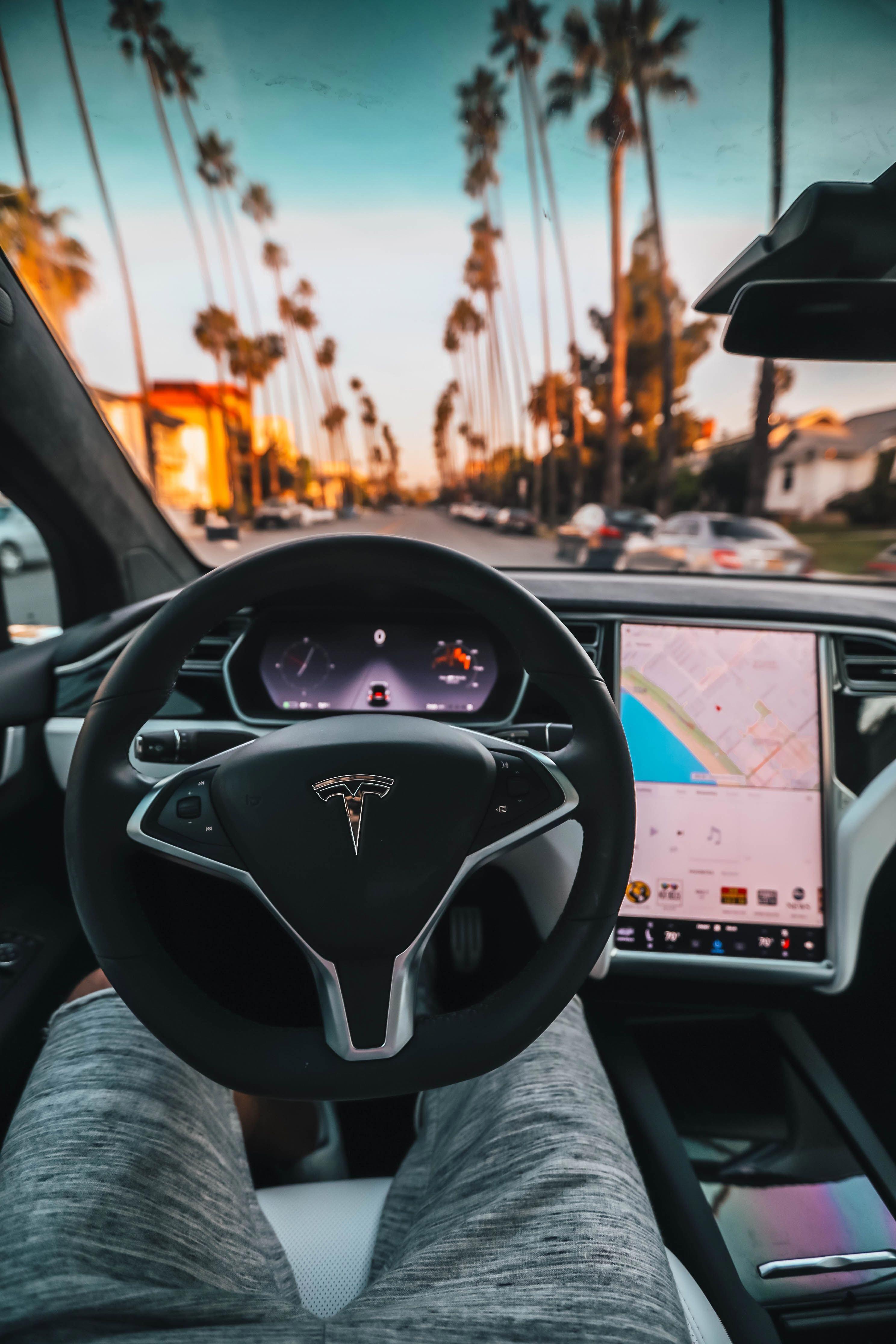 Tesla P100D Cockpit Tesla car Fantasticelectronicsworld