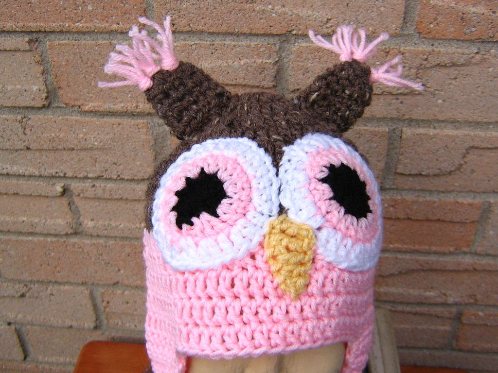 Childrens owl earflap hat 410 yearsbarley and pink