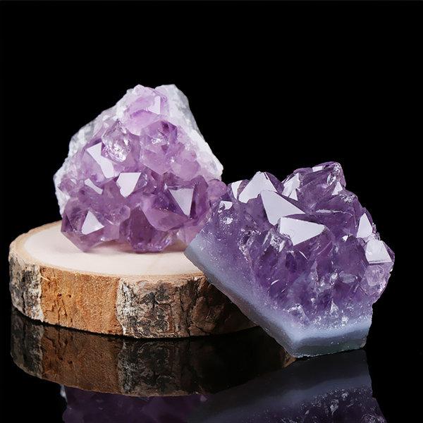 """25mm- 1/"""" Reiki Crystal Gemstone Amethyst Stone Pyramid and Feng Shui Decor"""