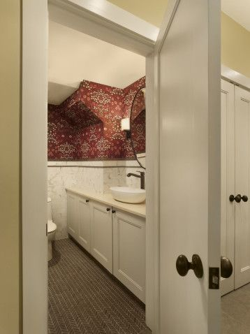 Power room nook. #design #msd #poconomanor #powderroom #morris&co