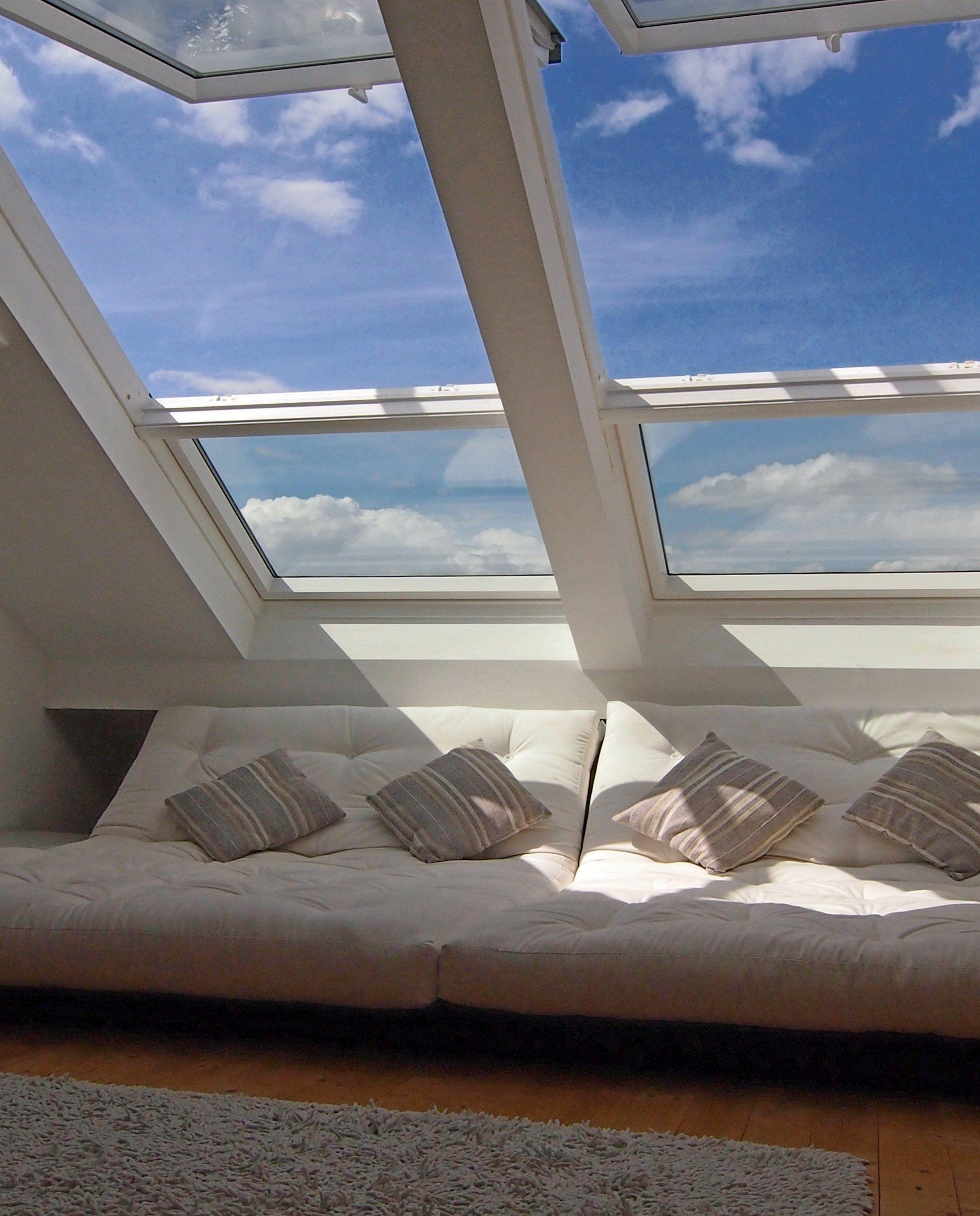 wohnzimmer 'chillen unterm dach' | fenster | pinterest | chillen ... - Wohnideen Unterm Dach