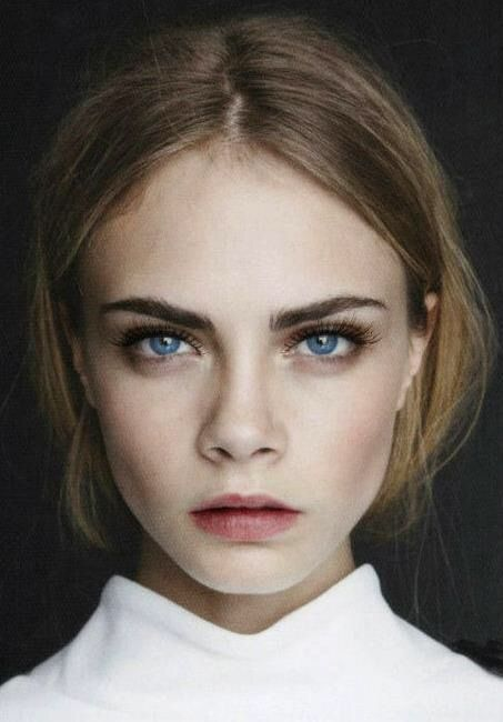 Image via We Heart It https://weheartit.com/entry/149555607 #blueeyes #fashion #girl #makeup #model #victoriasecret #caradelvigne