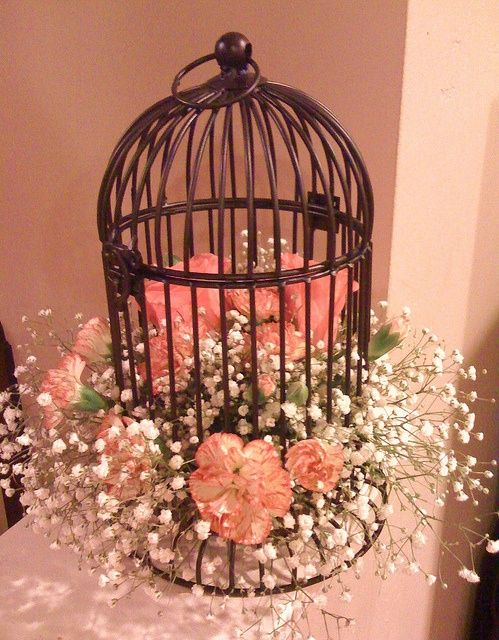 Birdhouse Wedding Decorations : Great ideas to decorate bird cages for table decorations using