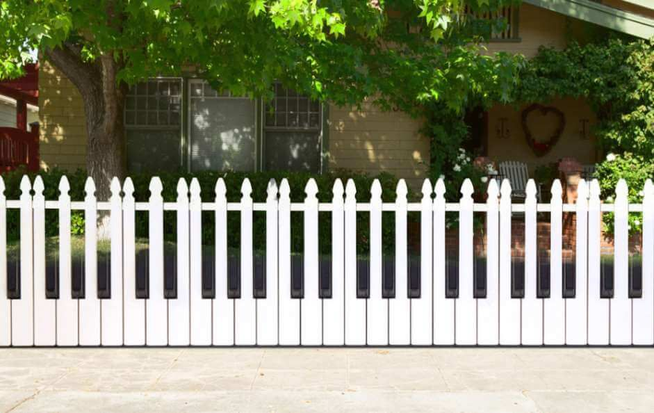 20 Cheap Fence Ideas To Embellish Your