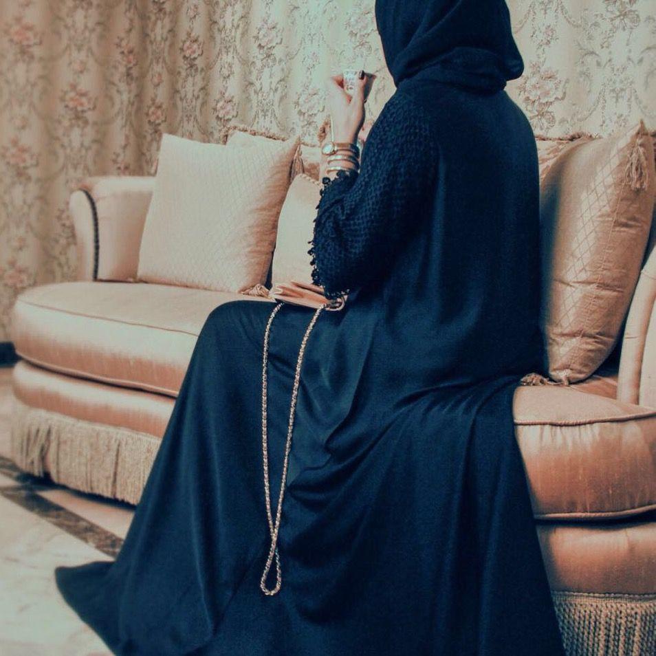 Arabic girl abaya