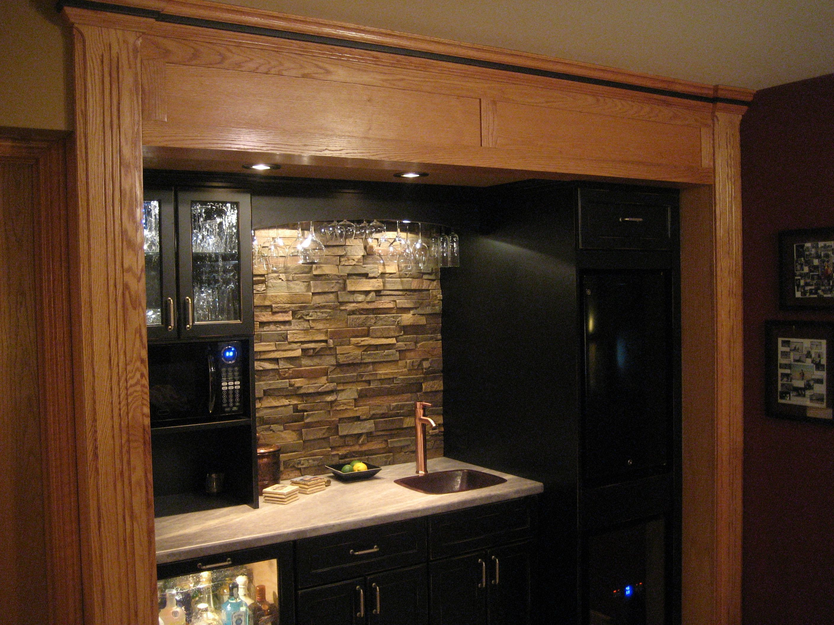 stone backsplash ideas for kitchen | adding stone veneer into the