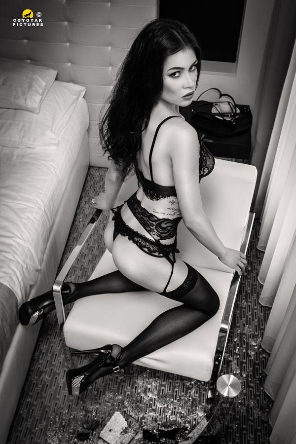 naughty girl II