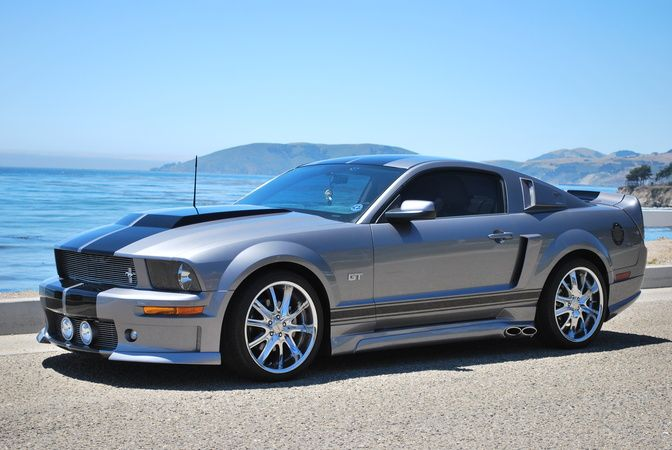 2006 Mustang Gt Looks Just Like My Hubby S Without The Black Stripes Muscle Cars Mustang 2006 Mustang Gt Ford Mustang Shelby Cobra