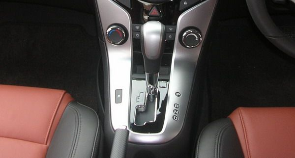 Some Useful Tips for Driving Automatic transmission Cars